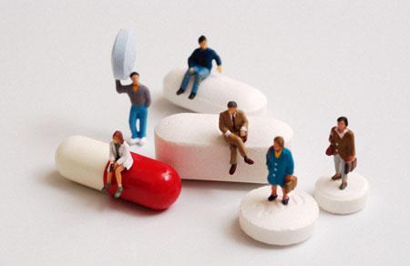 http://journalmex.files.wordpress.com/2009/08/medicamentos4.jpg